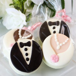 Bride and Groom Oreos