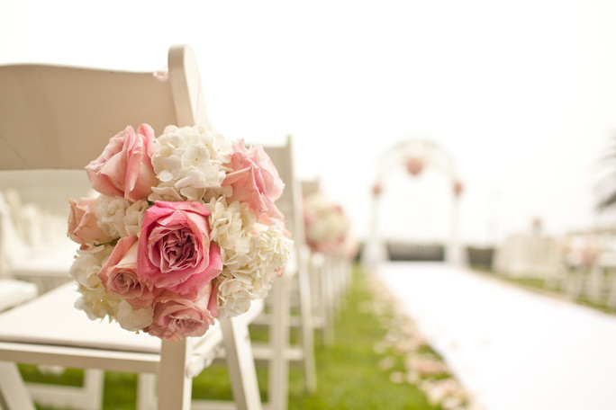 Outdoor Wedding Themes With Great Party Favors